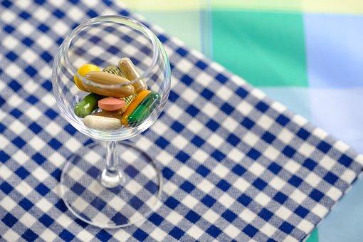 pills-3114366__340